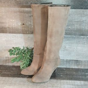 Banana Republic suede riding heeled boots 9
